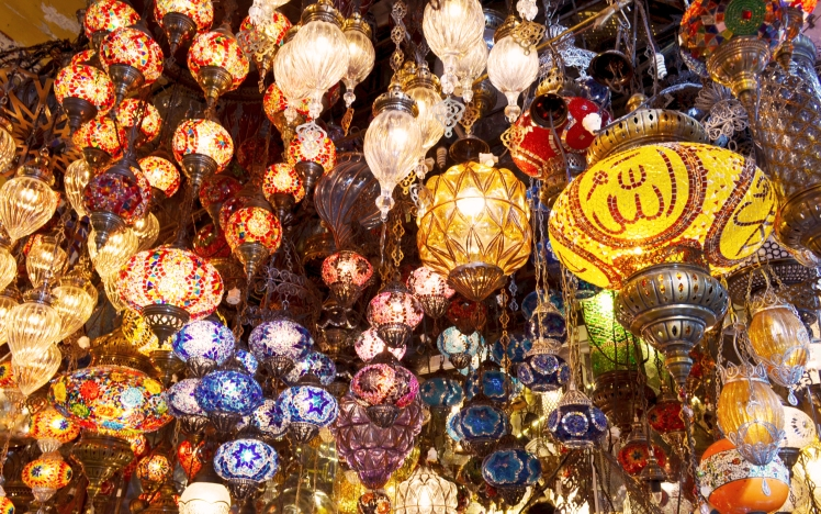 Beautiful lamps that look like hanging jewels in the Grand Bazaar